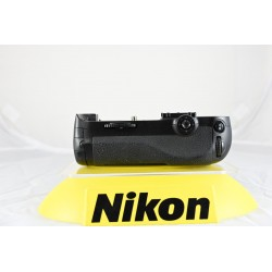 NIKON MB-D12 BATTERY PACK   -USATO-